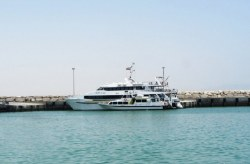 Isolation of fishing port from passenger port in Charak with the aim of providing quality service to the Kish tourists