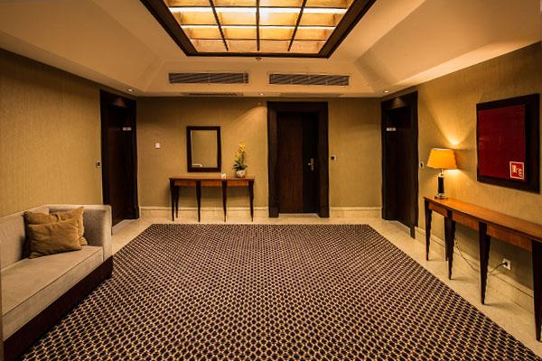 suite's lobby